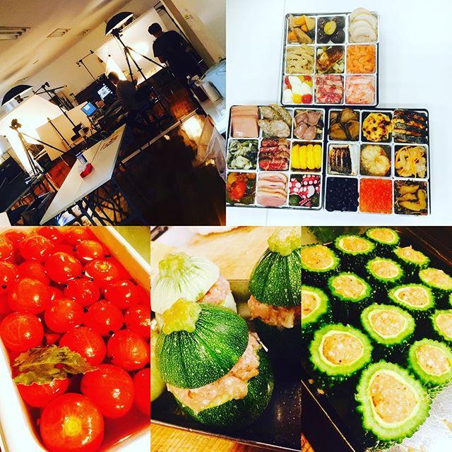 ブラッスリーピガール&六畳間️早いもので、今日は、おせち料理の撮影でした〜️今日も間もなくオープンでーす️#女子会 #野菜料理##横浜#ステーキ #フレンチ#日本酒 #野毛#パスタ#ワイン #日本酒 #肉 #和食